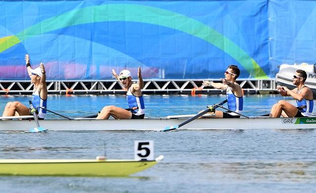 Photo of Στον τελικό και η τετράκωπος