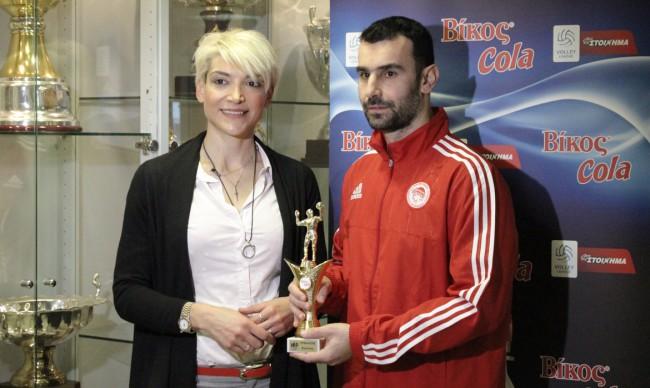 Photo of Παρέλαβε το βραβείο του MVP ο Στιβαχτής