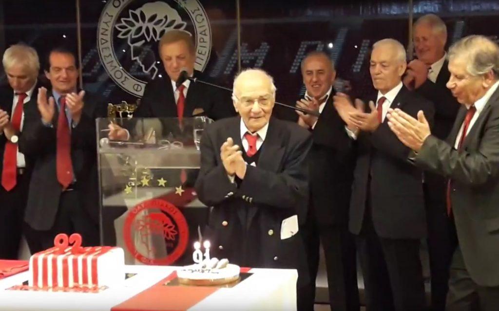 Photo of Η έκπληξη των Βετεράνων στον Πρόεδρο του Συνδέσμου Γιώργο Δαρίβα (vid)