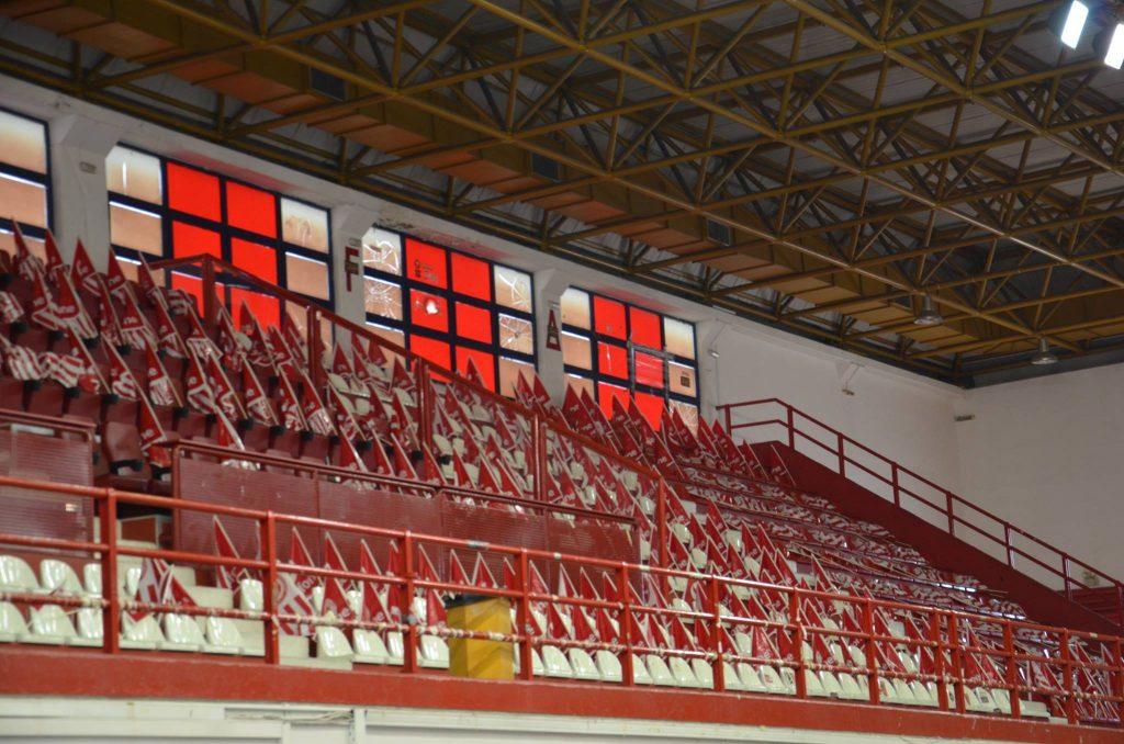 Photo of Γέμισε ερυθρόλευκες σημαίες το «Μελίνα Μερκούρη» (pics)