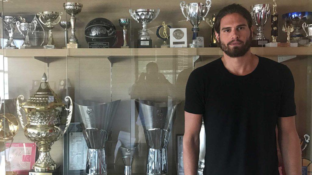 "Photo of Μπόγρης: ""Τεράστια ευκαιρία καριέρας ο Ολυμπιακός"""