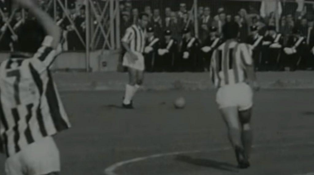 Photo of Όταν ο Χερέρα υποκλίθηκε στον Ολυμπιακό (vid)