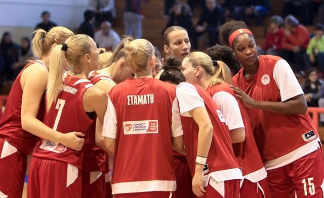 Photo of «Κατακόκκινη» η Εθνική μπάσκετ γυναικών
