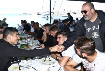 Γεύμα ενότητας με φόντο το όγδοο σερί!