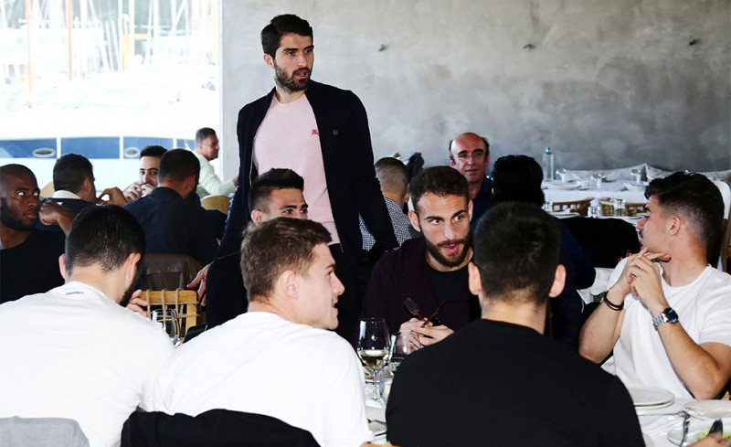 Photo of Πολύ περισσότερο από ένα τραπέζι…
