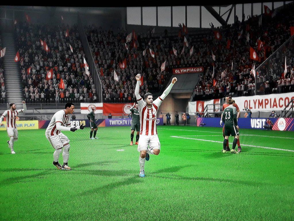 Photo of Ένας 80άρης για τον Θρύλο στο FIFA 18! (pics)