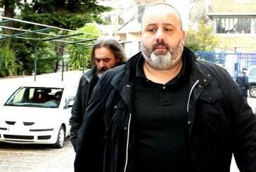«Κεκλεισμένων με ΠΑΣΟΚ, κεκλεισμένων με ΣΥΡΙΖΑ!»