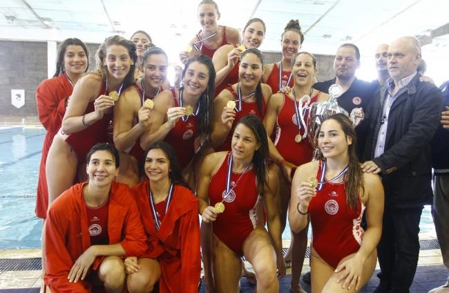 Photo of «Η ιστορία γράφει με χρυσά γράμματα Ολυμπιακός!»