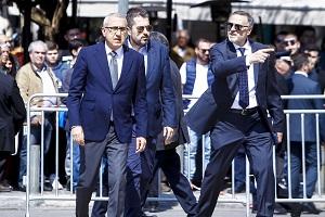 Photo of Θεοδωρίδης, Σταυρόπουλος και Μπαφές στην κηδεία του Θανάση Γιαννακόπουλου