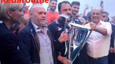 Photo of Η Κούπα στα χέρια του Βαγγέλη Μαρινάκη (VIDEO)