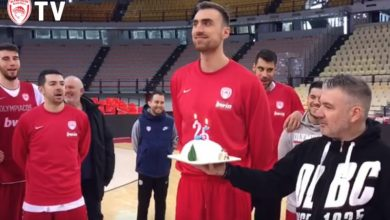 Photo of Γενέθλια στο γήπεδο ο Μιλoυτίνοφ (video)