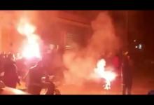 Photo of Πήρε φωτιά η Θύρα 7 Καμινίων μετά το διπλό στην Τούμπα (Video)